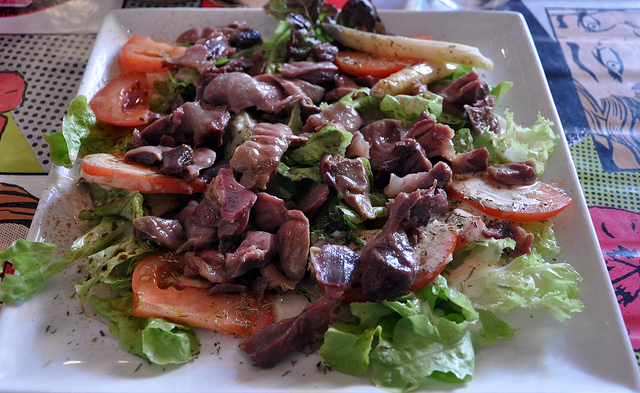 Salad Quercy of Gesiers Confit (duck gizzards)