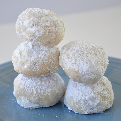 Italian Wedding Cakes - Snowball Cookies