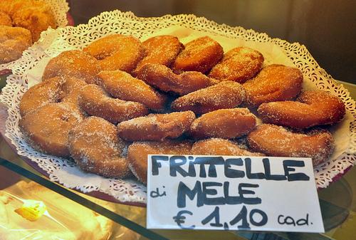 Fritelle di Mele (Fried Apples) for Carnival in Venice