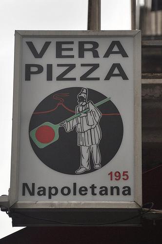 Vera Pizza Napolitana sign