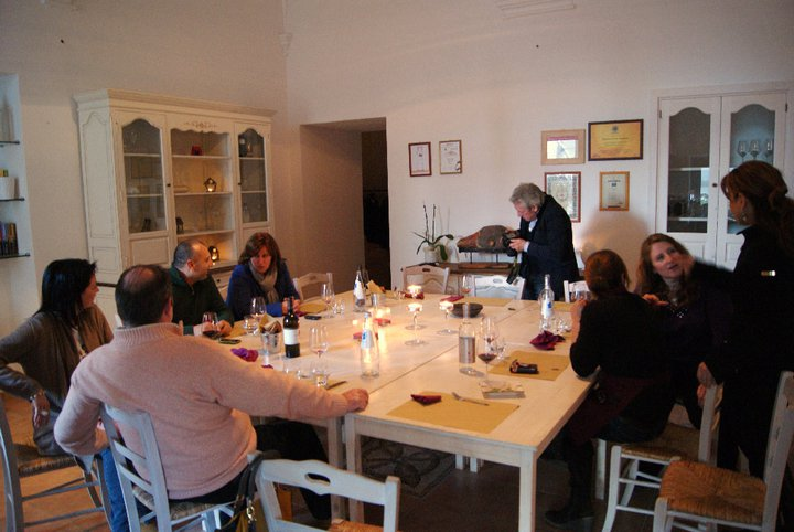 Around the table at Cantine Menhir