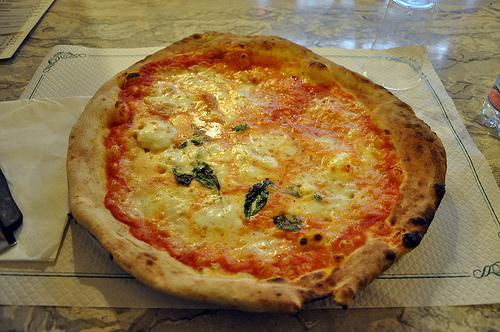 Pizza Margherita from Trianon da Ciro