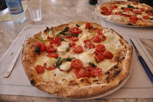 Pizza Margherita DOC from Trianon da Ciro