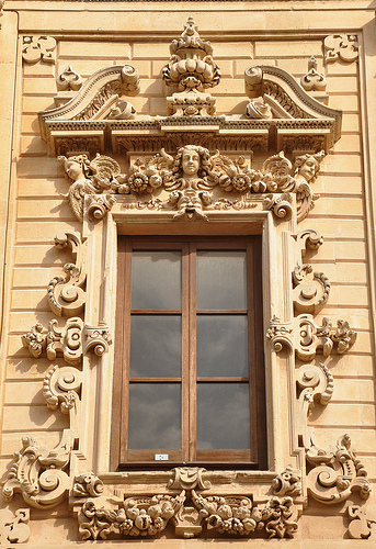 Lecce Window