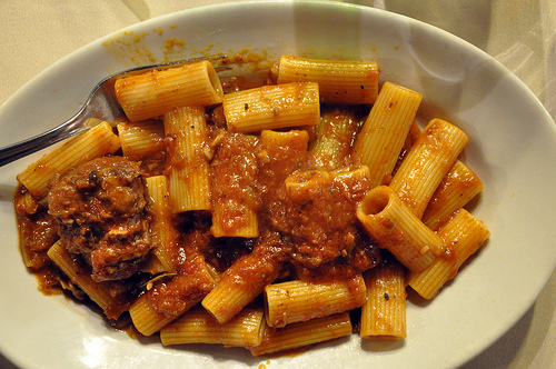 Italy on a plate the week in italian food mar 4 2012 food rigatoni with coda alla vaccinara sauce forumfinder Images