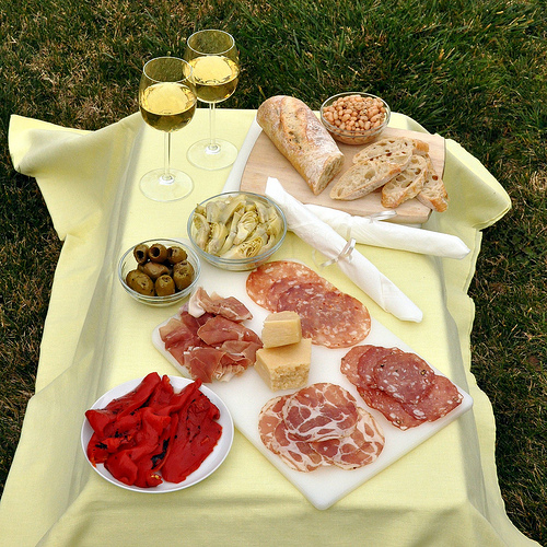 Picnic food in Italy