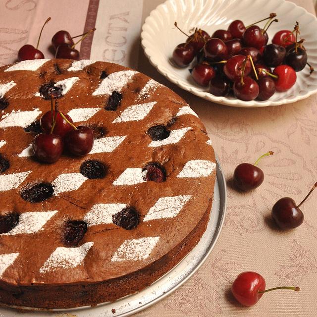 Food Lovers Flourless Orange Cake