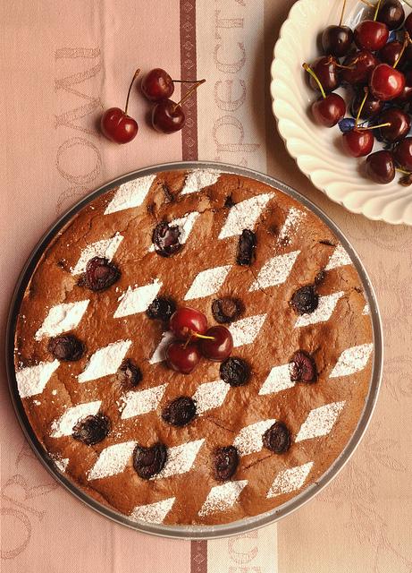 Flourless chocolate and cherry cake