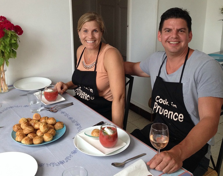 Enjoying-the-meal-Cook-in-Provence2